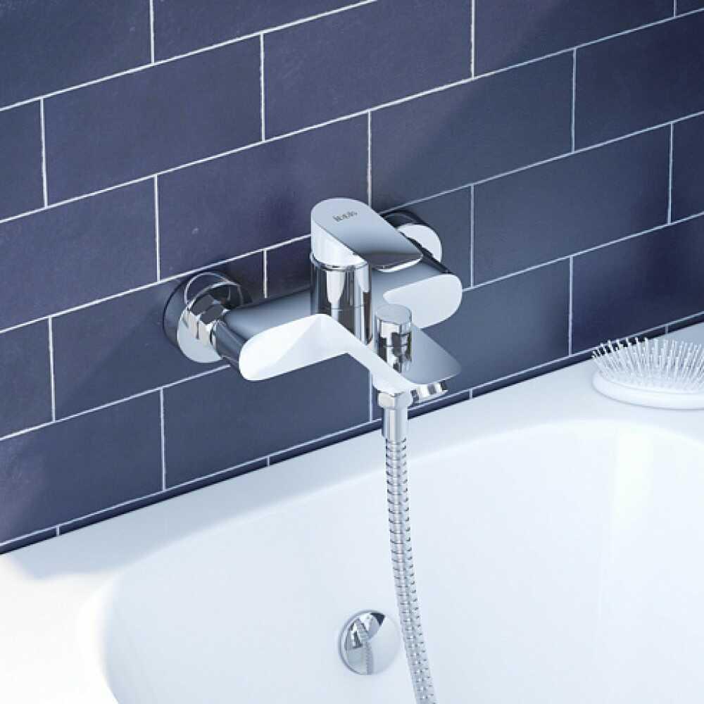 CLOUD Смеситель для ванны CLOSB02i02WA ( белый/хром)